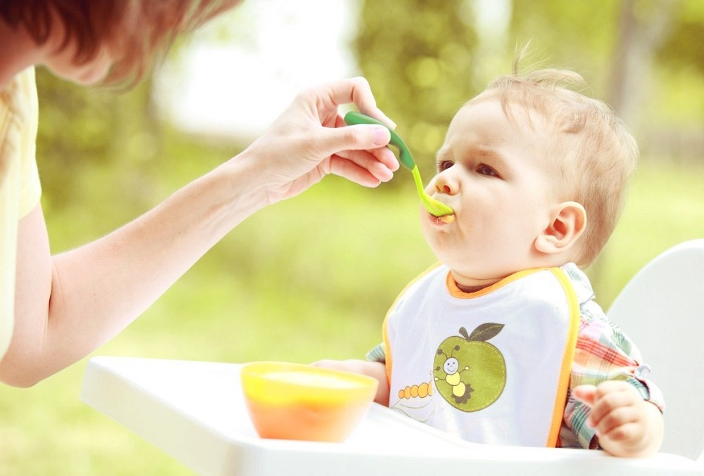 Myths surrounding baby feeding
